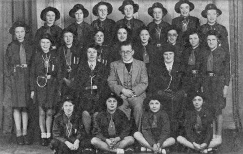 Mr & Mrs W. Hope with the 1st Baxenden Girl Guides